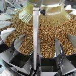 Peseur vertical multifonctionnel entièrement automatique à haute vitesse pesant et emballant la machine vffs pesant le paquet
