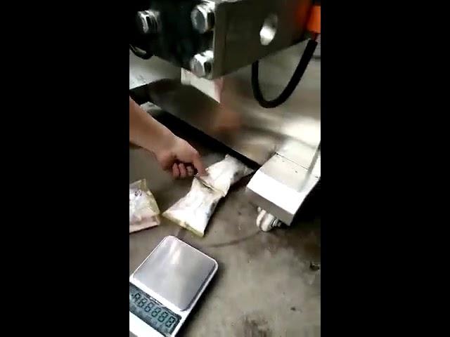 Type vertical automatique petit café instantané goutte à goutte sachet de poudre sachet machine d'emballage